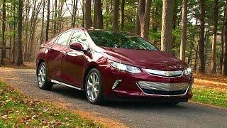 2016 Chevrolet Volt - TestDriveNow.com Review by Auto Critic Steve Hammes