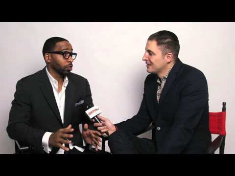 Kevin Carroll Discusses Working with Regina King on