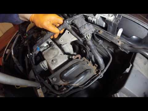 Как почистить EGR Ford Focus 1 8 TD 2005 года How to clean the EGR Ford Focus 1 August 2005 TD