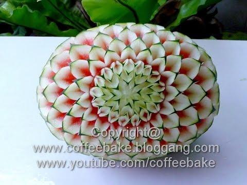แกะสลักแตงโมลายรักเร่ติดเปลือก แบบที่ 10 Waterrmelon Carving Patterns #10