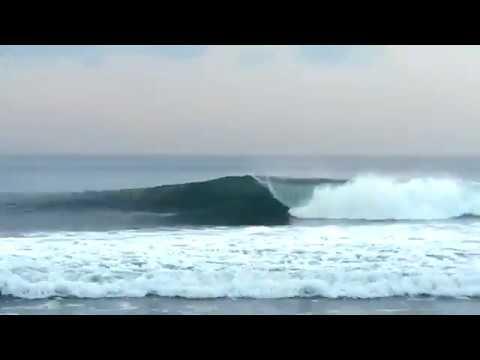 Epic Medium Wave Surfers - Fingerstyle Guitar - Bali 2019
