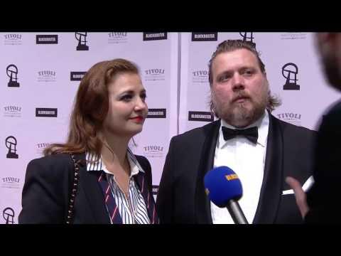 Laura og Nicolas Bro på den røde løber  Robert Prisen 2017