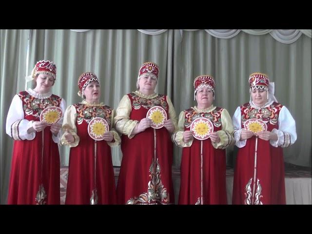 Изображение предпросмотра прочтения – «Мы-веселые подружки» читают произведение «Русские прибаутки» (Русский фольклор )
