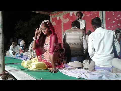 सैदपुर  गाॅव  मे  सीरजा  नंद  पांडेय  ने इस गाने  पर धुम मचाया