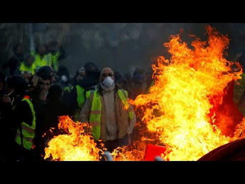 "Many Arrests As ""Yellow Vests"" Protests Continue"