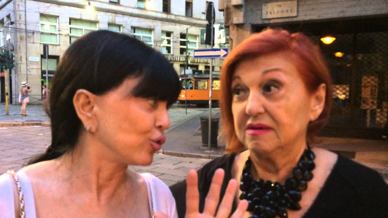 Wanna Marchi E Stefania Nobile In Centro A Milano Youtube