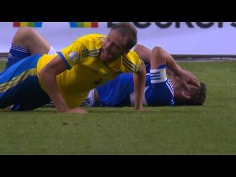 Sverige - Färöarna Zlatan Ibrahimovic 2-0 samt Andreas Granqvist Rött kort