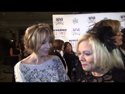 Beautiful Susan Blakely  graces red carpet at Oscar's Night of 100 Stars!