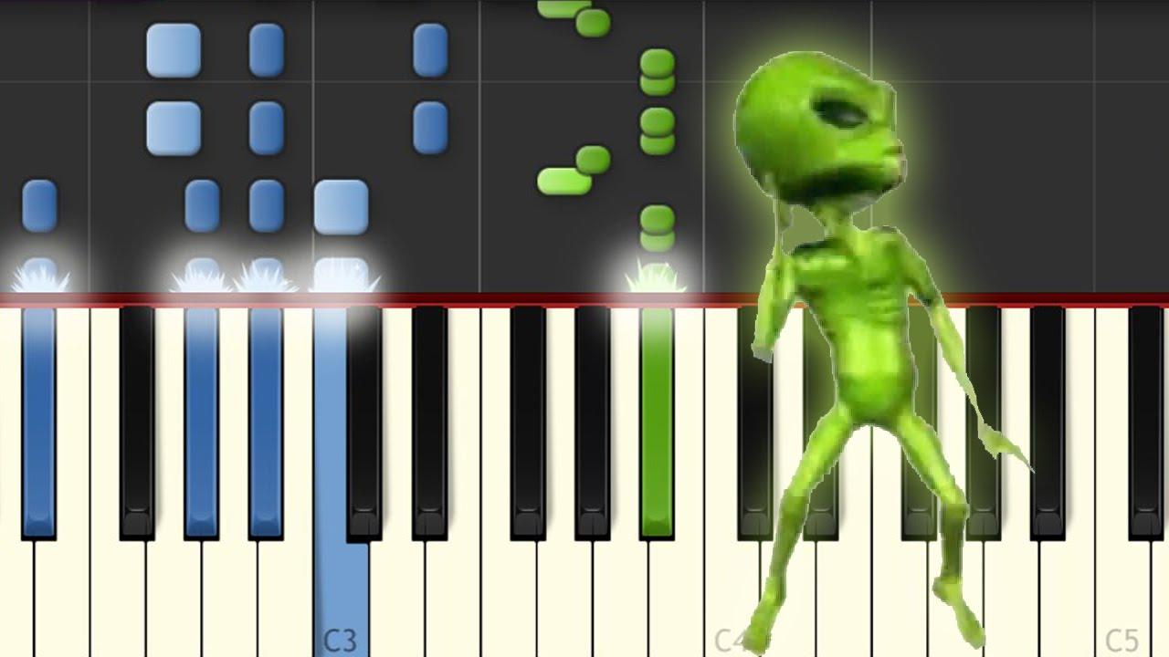 La Cumbia del Marcianito 100% Real / Piano Tutorial Chords