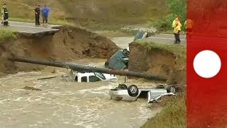 US: Thousands stranded by flash floods in Colorado