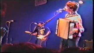 They Might Be Giants - Birdhouse In Your Soul LIVE 1990