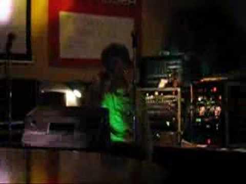 Karaoke Doris - Barfly