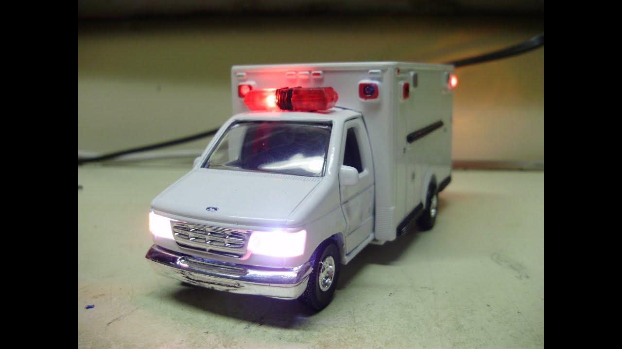 Custom1 43 Scale O Gauge Ford F 350 Ambulance Diecast