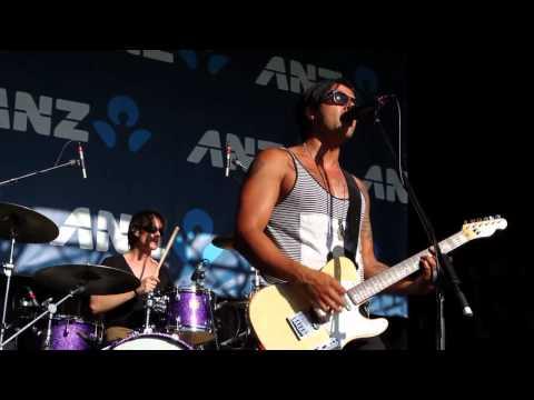 "JASON SINGH & BAND ""EASY"" LIVE AT THE AUSTRALIAN OPEN 2012"