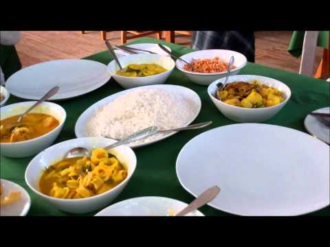 Sri Lanka Scenes Rice and Curry at Red Lobster Hikkaduwa.wmv