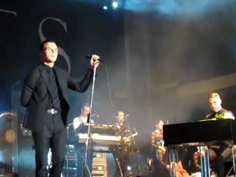 Hurts - Wonderful Life - Berlin Zitadelle