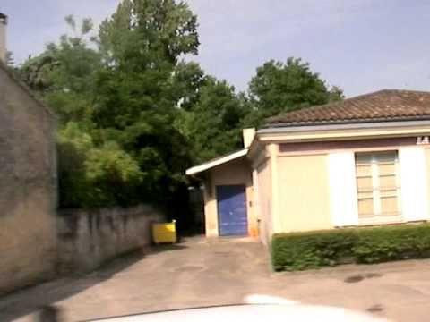 メドック地区のマルゴー村を通過20060614 Margaux