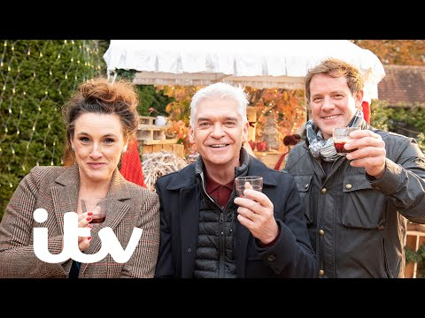 How To Spend It Well At Christmas With Phillip Schofield | HILARIOUS Bloopers 😂 | ITV