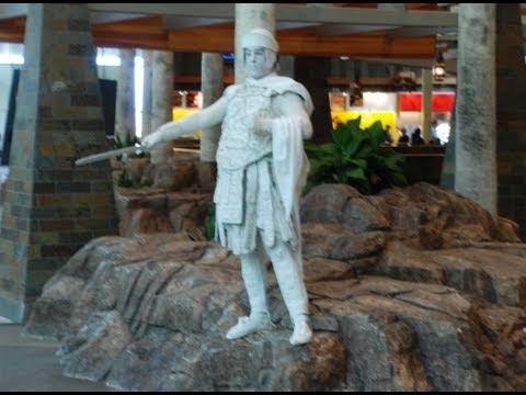 Living Statue Prank, HILARIOUS!