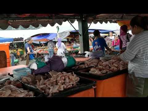 Kota Kinabalu waterfront market
