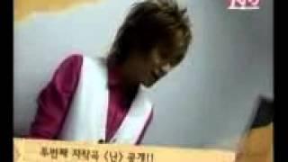 leeteuk playing piano and singing hi 82713