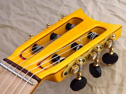 Dos and Don'ts to string up a flamenco guitar / Tips by Ruben Diaz (online learning + lessons)