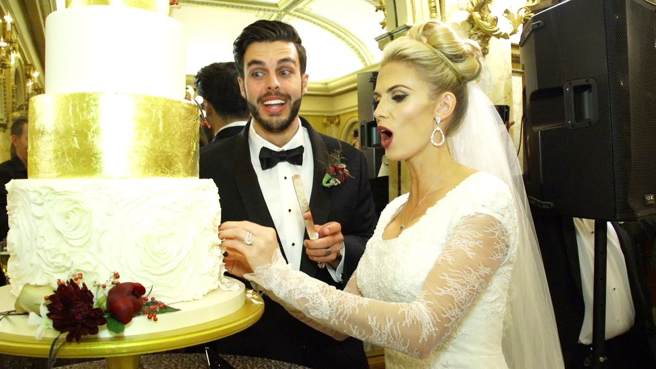 WEDDING CAKE FAIL - YouTube