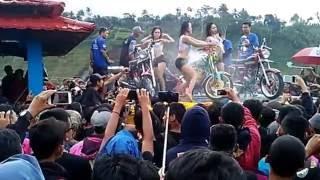 Sexy dance anniversary CBTB [ CB Tapal Batas] Gonggang Poncol