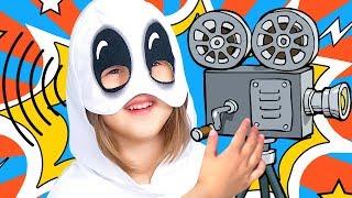 Странные Звуки в нашем Доме! Может Привидение? Амелька Охотник за Привидениями Видео для детей