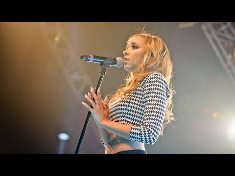 Tinashe - Live at BBC Radio 1Xtra Live