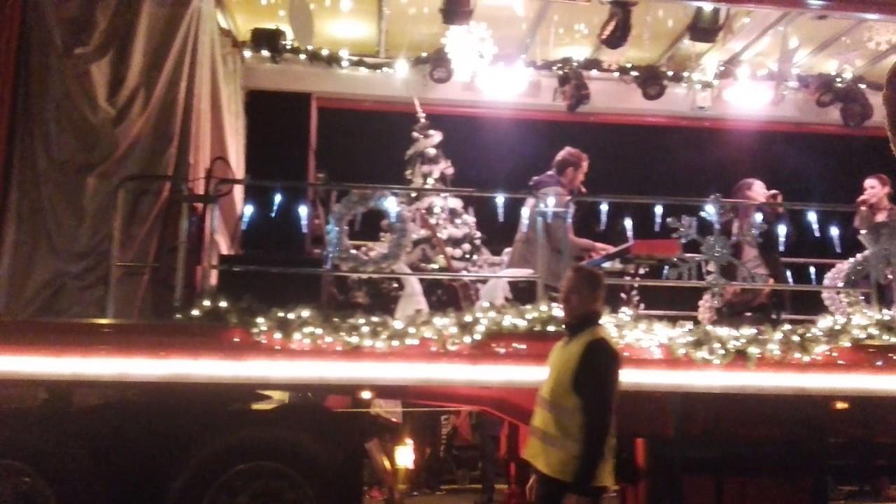 Lena Meyer Auf Dem Coca Cola Truck 3