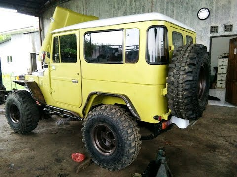 Toyota FJ40 Hardtop instal Front,Rear Fender & Footstep Part#1