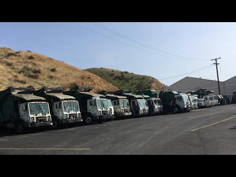 Waste Management Blue Barrel Disposal Garbage Trucks Of Santa Clarita