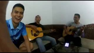 Download Lagu Kita SOS / Cover by Ruli Zeni, albar_dika, Rafiq mp3