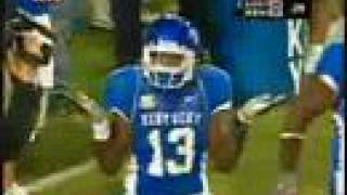 UK Kentucky Wildcats beat #9 Louisville Cardinals