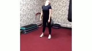 Качаем грудь Качаем попу Лучшие упражнения для девушек в зале