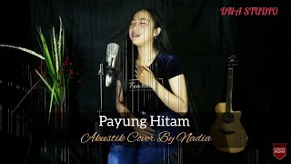 Download lagu Payung Hitam Iis Dahlia MP3