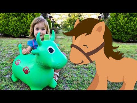Бьянка и детская песенка про Лошадку. Игры для детей в шоу Привет, Бьянка