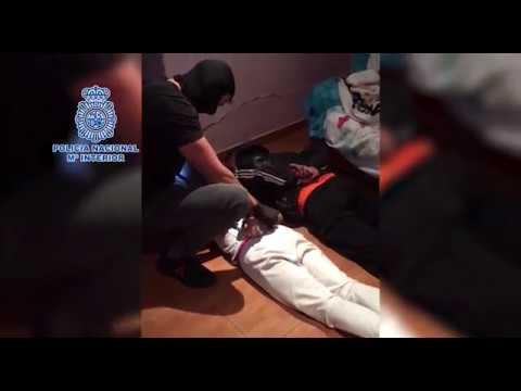 Detenidas 20 personas en un macrooperativo contra el menudeo de cocaína y heroína en Algeciras
