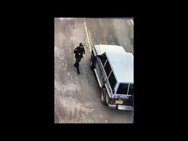Atentado contra la Policía deja al menos 9 muertos y 54 heridos