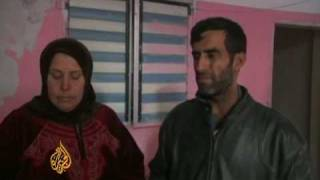 Gazans struggle to survive amid onslaught - 1 Jan 09 thumbnail