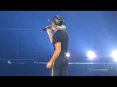 "Tim McGraw ""Live Like You Were Dying"""" Live at Giant Center"
