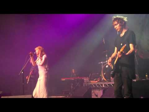Courtney Love Linda Perry Play Letter To God
