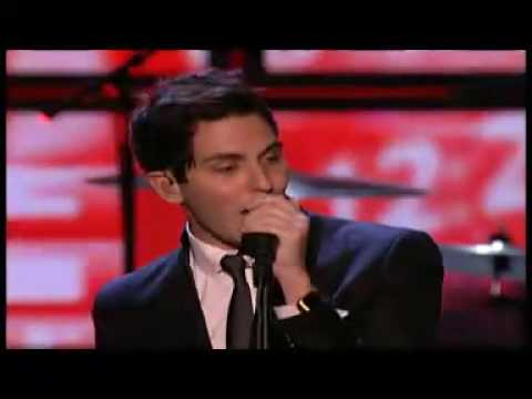 Cobra Starship / Paulina Rubio - Good Girls Go Bad / Ni Rosas Ni Juguetes  -  Premios MTV 2009