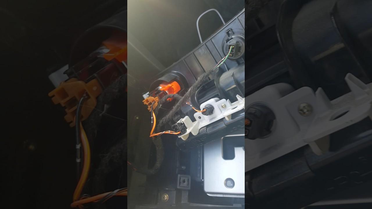 medium resolution of 2005 mazda 3 cigarrette lighter light bulb 2723 replacement