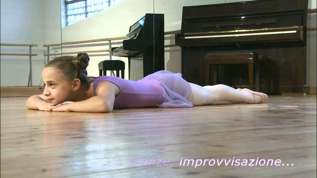 Disegno Di Una Ballerina Classica : Week dance studio scuola di danza pinerolo le nostre discipline