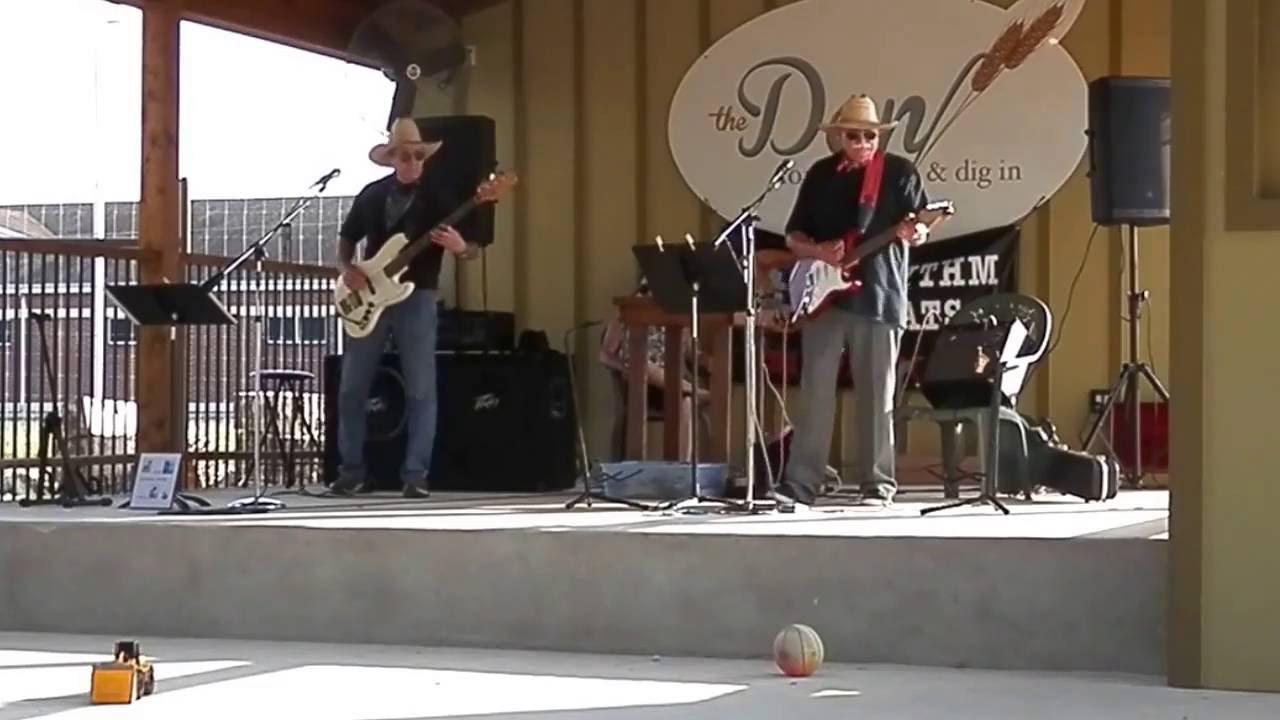Swinging party in la vernia texas
