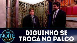 Baixar Monólogo: Diguinho troca de roupa no palco e Danilo não perdoa | The Noite (14/08/18)