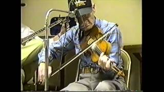 Jam Session and Dance at Wien, Missouri (clip #8) Pete McMahan playing Old Indiana