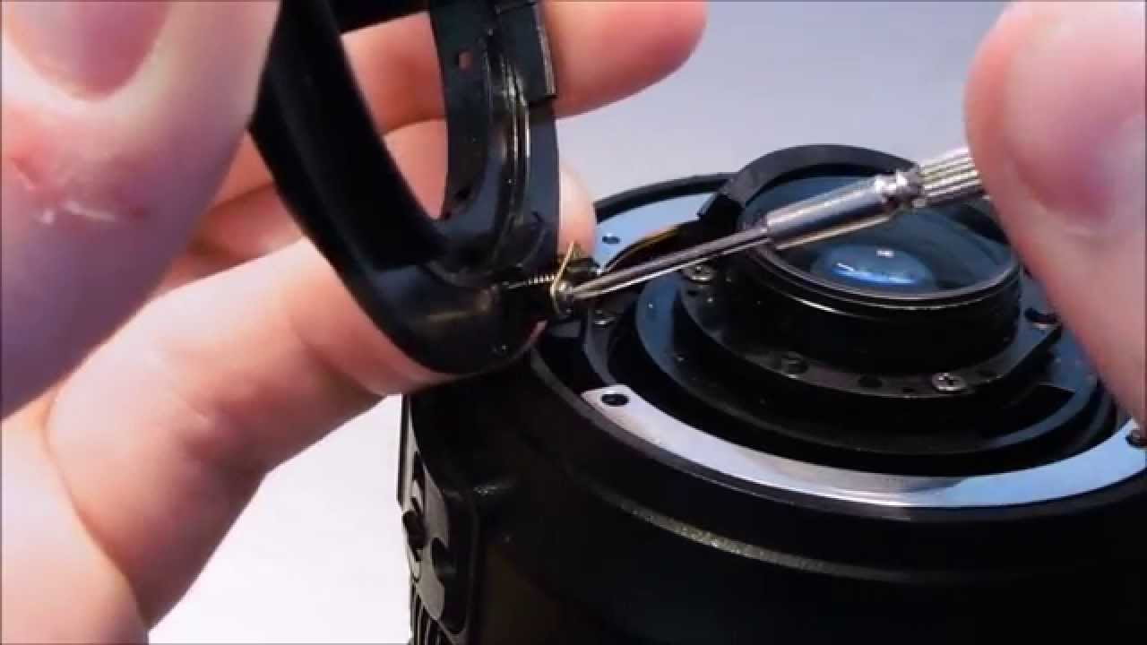 How To Replace: Bayonet Mount on a Nikon AF-S DX 18-105mm f/3 5-5 6G ED VR  nikon lens repair